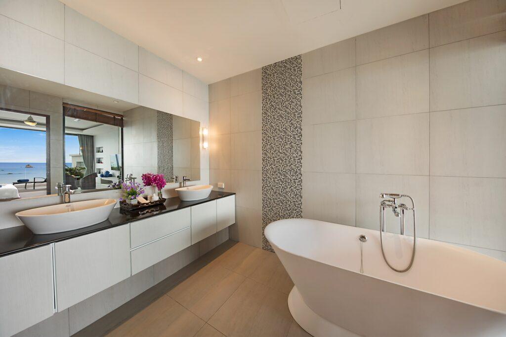 Master Suite 2 Bath