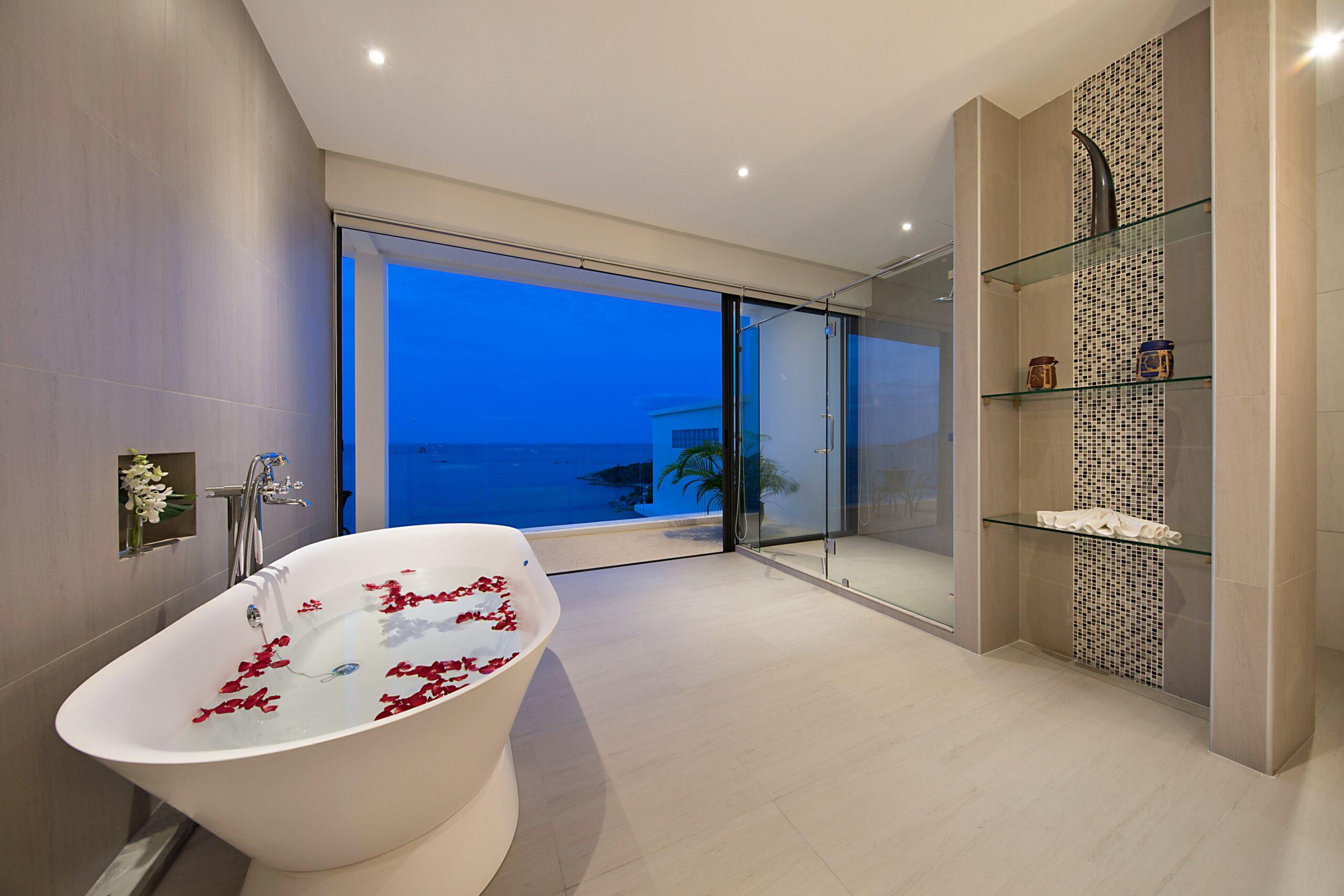 Suite 4 Bath.pg